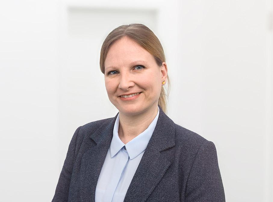 Dr. Nicole Lederer - Profilbild